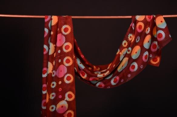 Kirchstein_multicolor gears batik